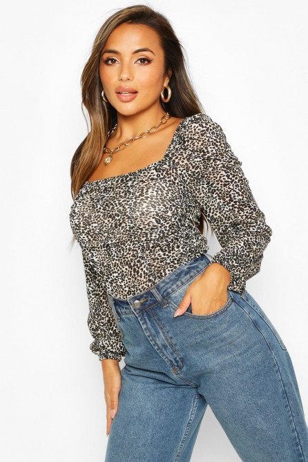 Petite Long Sleeved Ruched Front Crop Top